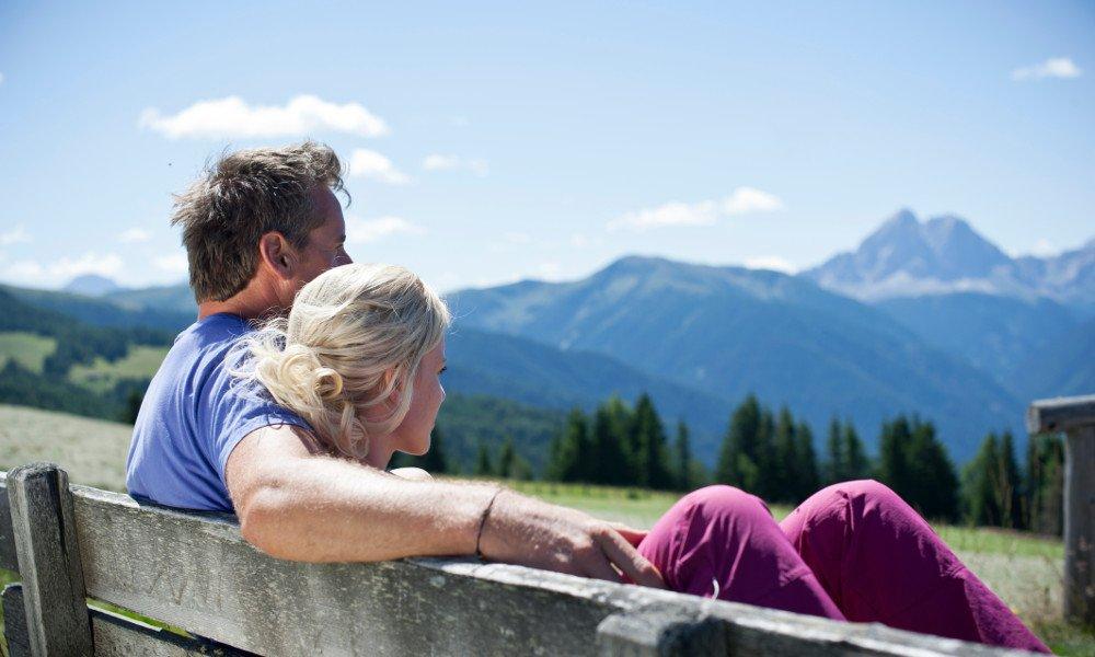 Genießen Sie Wellness in Vals mit Blick auf die Bergwelt